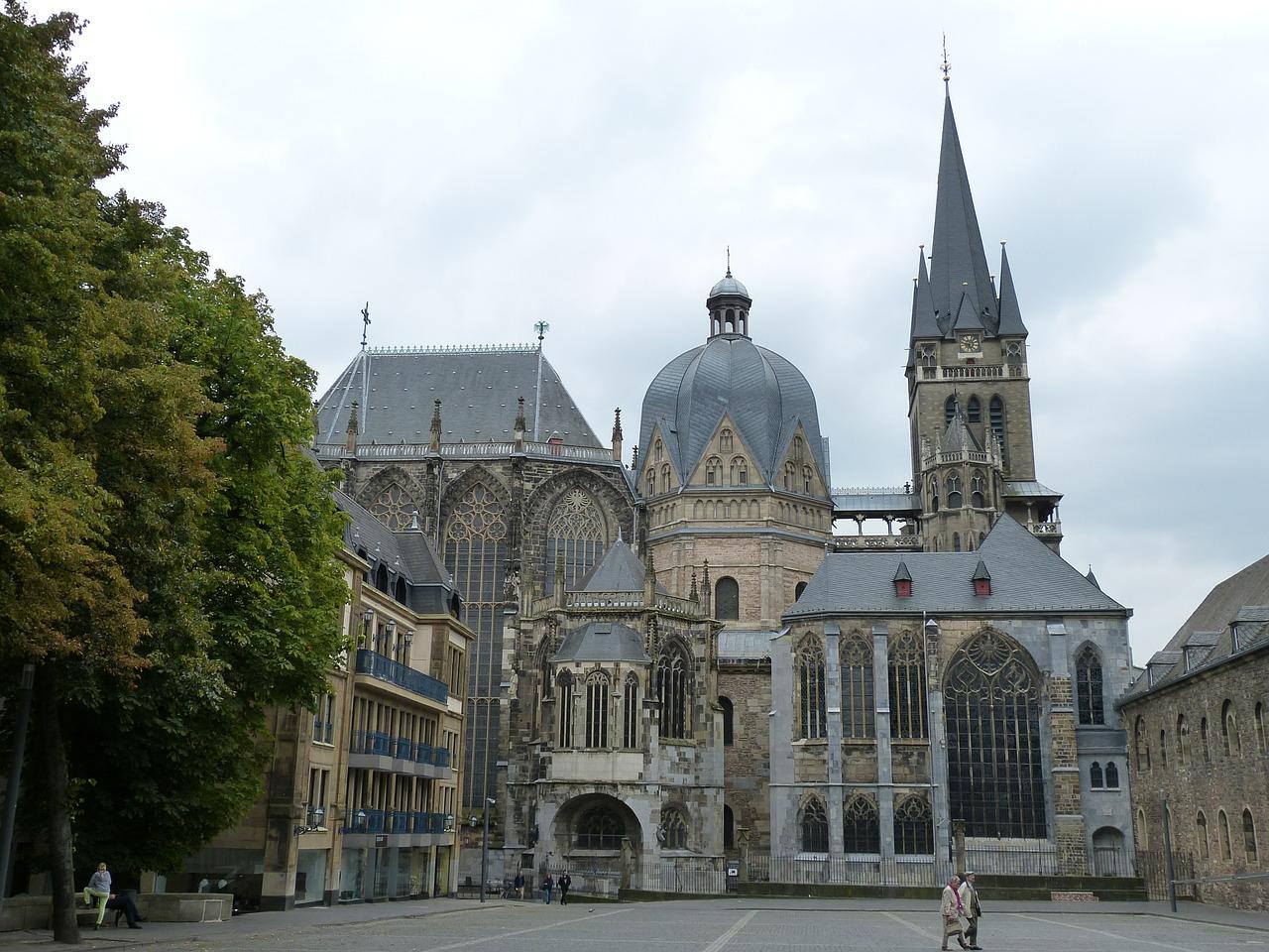 Aachen Dom klein